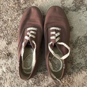 Keds brown canvas shoe